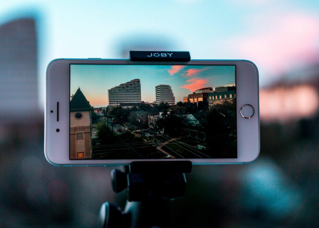 Smartphone filming video content
